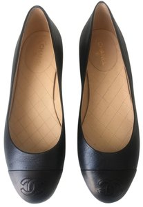 Chanel 'coco Dark Navy and Black Flats