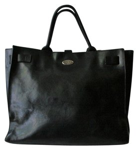 Furla Leather Tote in Black Leather