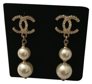 Chanel Chanel 2016 Collection Textured Iconic CC Golden Pearl Drop Earrings