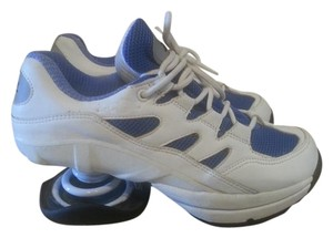 Z-Coil white and blue Athletic