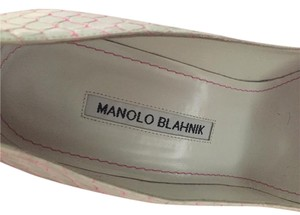 Manolo Blahnik Very Unique Very Comfortable White/Pink Snake Skin Pumps