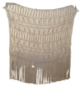 Urban Outfitters MT Kushi Macrame Natural wall hanging beautiful never used brand new. 0035012301