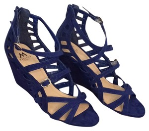 ShoeDazzle Blue Wedges
