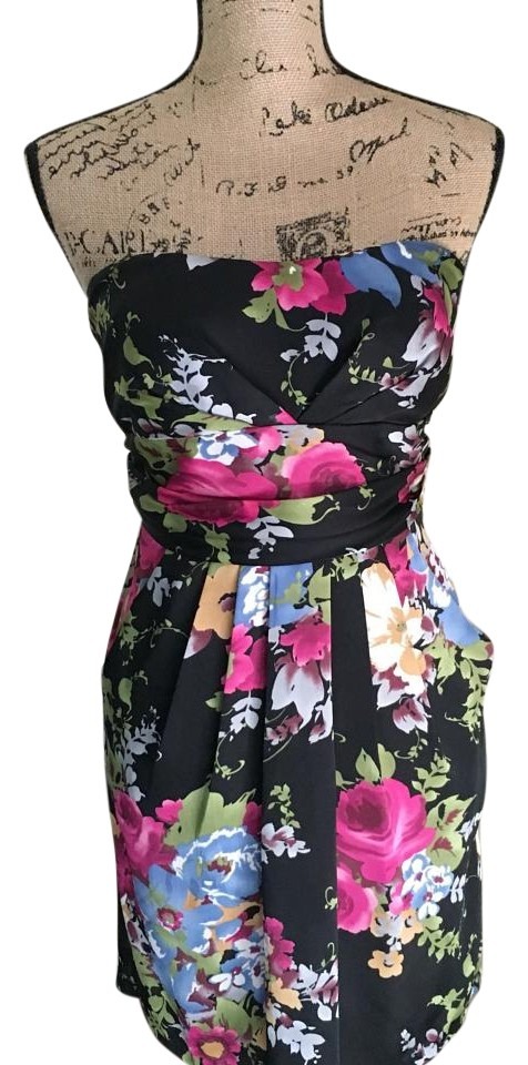 Strapless floral dress 55 off 19456472 cocktail dresses for Black floral dress to a wedding