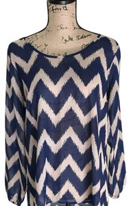 Charming Charlie Top Navy & Nude Chevron