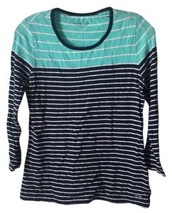 Vineyard Vines T Shirt Aqua, navy, white.