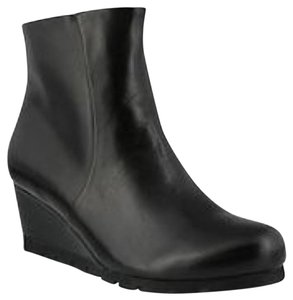 Spring Step Black Boots