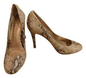 BCBGeneration Leather Beige Wheat Pumps