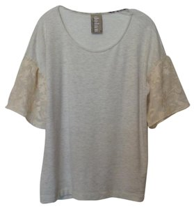 Dolan Anthropologie Left Coast Knit Lace Medium Top Off-white and grey