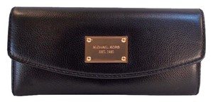 Michael Kors Slim Flap Wallet fits Checkbook NWT Black Leather Clutch
