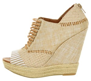 Chinese Laundry Espadrille Wedge Sandal Tan Wedges