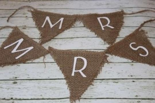 Preload https://item3.tradesy.com/images/love-always-mr-and-mrs-burlap-banner-194577-0-0.jpg?width=440&height=440