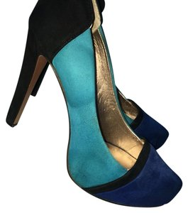 BCBGeneration Black, teal, blue Pumps