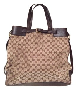 Gucci Shopper Tote in Beige/Ebony Monogram