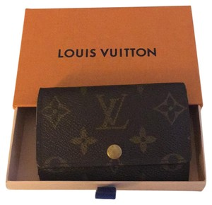Louis Vuitton 6 Key Holder