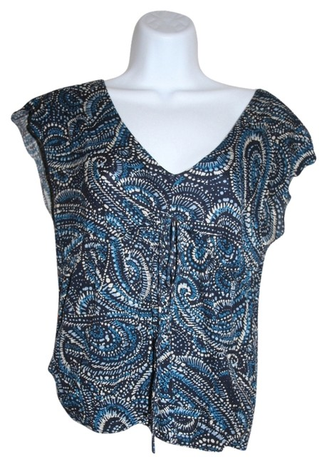 Preload https://item2.tradesy.com/images/banana-republic-blue-night-out-top-size-2-xs-1945841-0-0.jpg?width=400&height=650