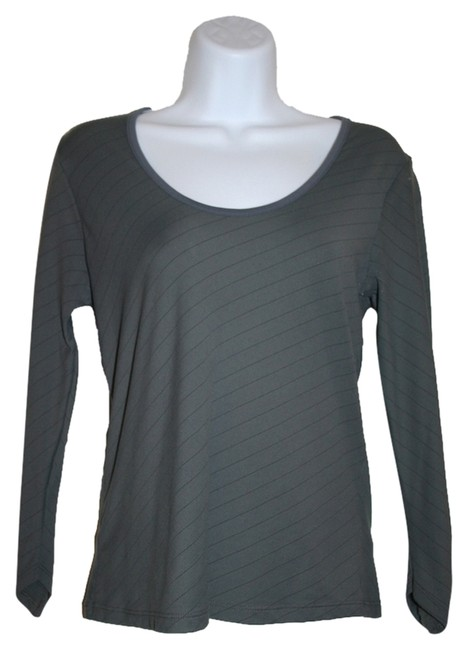 Preload https://item4.tradesy.com/images/banana-republic-gray-blouse-size-4-s-1945848-0-0.jpg?width=400&height=650