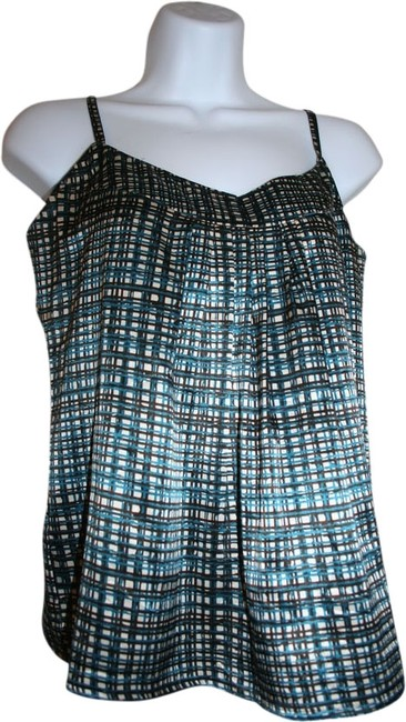 Preload https://item4.tradesy.com/images/new-york-and-company-blue-tank-topcami-size-2-xs-1945913-0-0.jpg?width=400&height=650