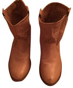 Forever 21 Tan Boots