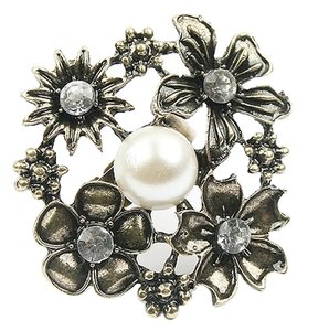 Other Flower pearls floral cluster ring adjustable size