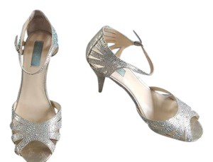 Betsey Johnson Sweet Crystals Rinestones Heels Champagne Formal