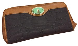 Fossil Quilted Key-per wallet