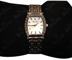 Bulova Bulova 16 Diamond Watch