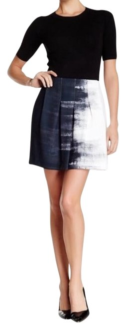 Vince Printed Pleat Skirt Size 4 (S, 27) Vince Printed Pleat Skirt Size 4 (S, 27) Image 1