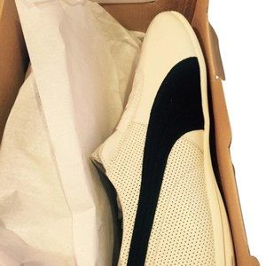 Puma Black and off white Athletic