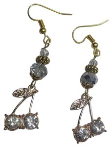 Other New Gold Tone Cherries Charm Earrings Long J2894