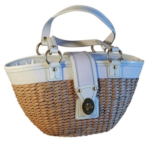 Coach Tote in Natural Straw White