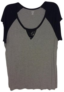 a.n.a. a new approach Top Grey w Black 3x