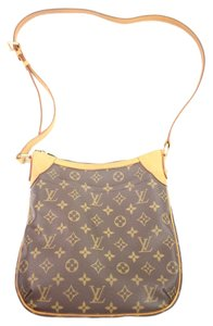 Louis Vuitton Saumur Crossbody Odeon Drouot Shoulder Bag