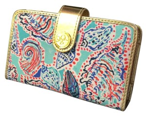 Lilly Pulitzer Main Squeeze Wristlet Wallet Phine Case