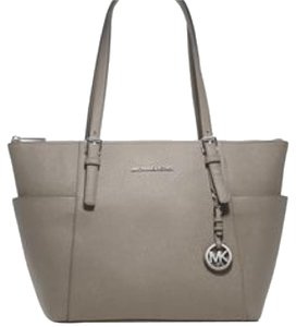 MICHAEL Michael Kors Tote in Grey