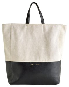 Céline Tote in black & white
