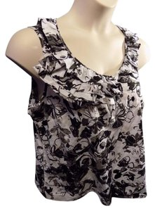 Izod Cotton Floral Casual Scoop Neckline Pullover Top Black, Gray and White