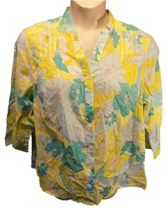 Alfred Dunner Casual Floral Cotton 3/4 Sleeve Mandarin Collar Button Down Shirt Yellow, Blue and white