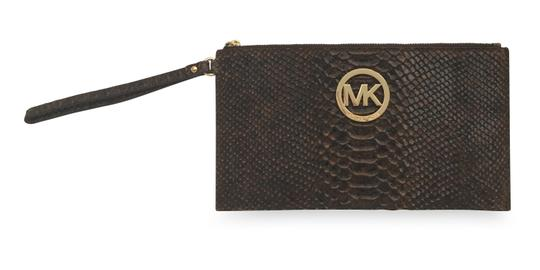 ac2e92c46598 MICHAEL Michael Kors Wallet Sale Womens Lg Fulton Zip Clutch Wristlet in  Brown Image 0 ...
