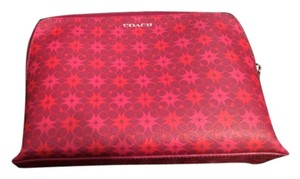 Coach Waverly Signature Print Coated Canvas Cosmetic Case