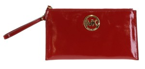 Michael Kors Handbag Lg Zip Cllutch Patent Leather Wristlet in Red