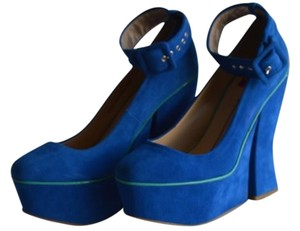 DV8 by Dolce Vita Electric Satin Blue Wedges