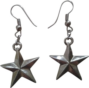 Handmade NEW Handmade SILVER 3D STAR EARRINGS NWOT