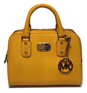 MICHAEL Michael Kors Small Saffiano Satchel in Vintage Yellow