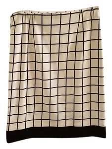 Hugo Boss Skirt Black and White
