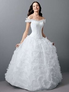 Alfred Angelo 1650 Wedding Dress