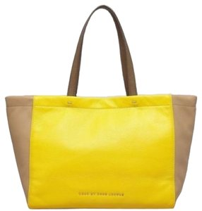 Marc by Marc Jacobs Tote in Tan/Canary Yellow