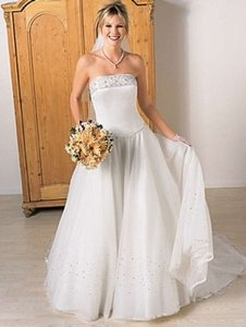 Alfred Angelo 1225 Wedding Dress