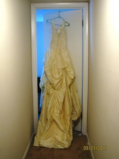 Buttercream Taffeta with Lace This Is A Custom Hand Made Gown Formal Wedding Dress Size 4 (S)