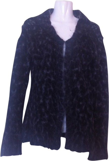 Preload https://item1.tradesy.com/images/free-people-black-gray-shaggy-sweaterpullover-size-10-m-1947090-0-0.jpg?width=400&height=650